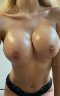 Oily Boobs To Brighten Up Your Day!