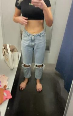 Quick Cheeky Flash In The Changing Rooms ;)