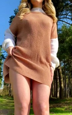 Would You Fuck A Petite Teen In The Forest? 🌳👧🏼