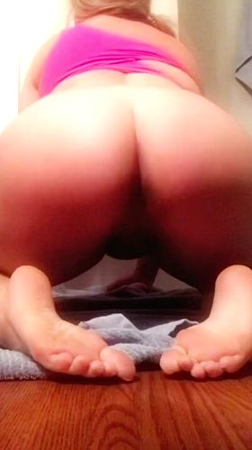 Do You Like My Chubby Ass Bouncing On This Dildo?